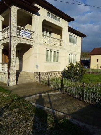 Vând vila in zona Vișeu de sus