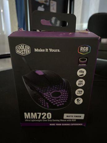 Игровая мышка  cooler master mm 720 rgb