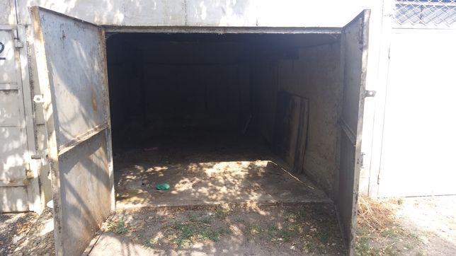 Продам гараж сухой в районе жд вокзала
