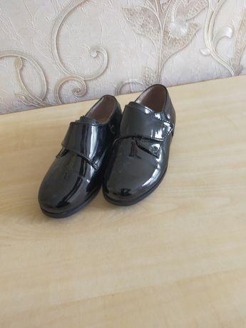 Детские туфли классика