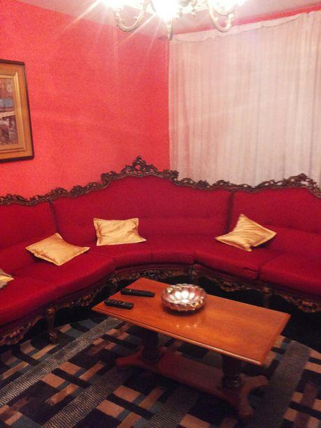 Canapea deosebit de frumoasa ,sculptata in lemn adusa di Italia