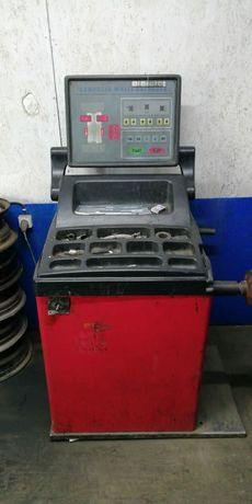 Продам шиномонтажный аппарат