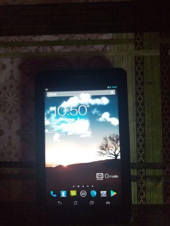 Tableta Asus mobil