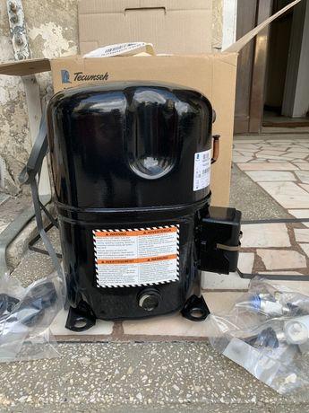 Motor compresor camera congelare 2,88kw -25 380v nou tecumseh tag2516z