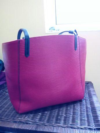 Страхотна червена чанта