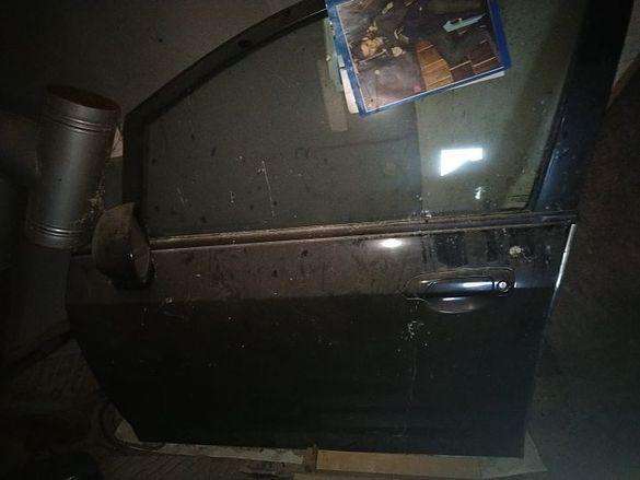 Оборудвани врати предна лява и задна дясна за Хонда джаз  2006  черни