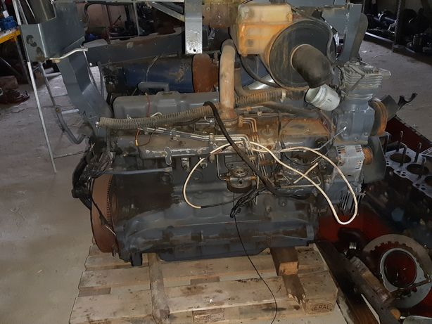 Motor New Holland M100