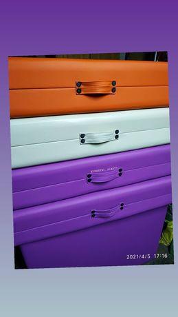 Кушетки  чемодан складные