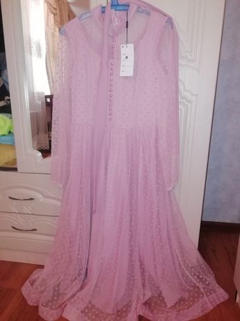 Продаётся новая платье