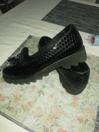 Дамски обувки естествен лак