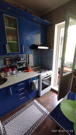 Продаем 2х комнатную квартиру в 10 мкр, улучшенная