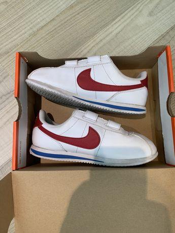 Adidasi Nike , marime 34