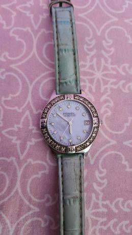 Оригинален дамски часовник Fossil.