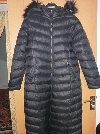 Пальто . Зимняя куртка. Женское рр 46-48