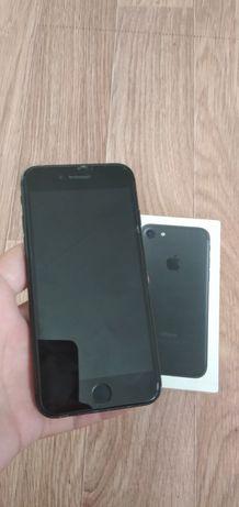 iPhone 7  32 g b