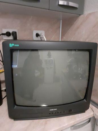 Телевизор Самсунг 22 инча модел от 1995 г южнокорейски био-вижън