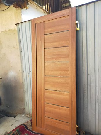 Двери три штуки не дорого