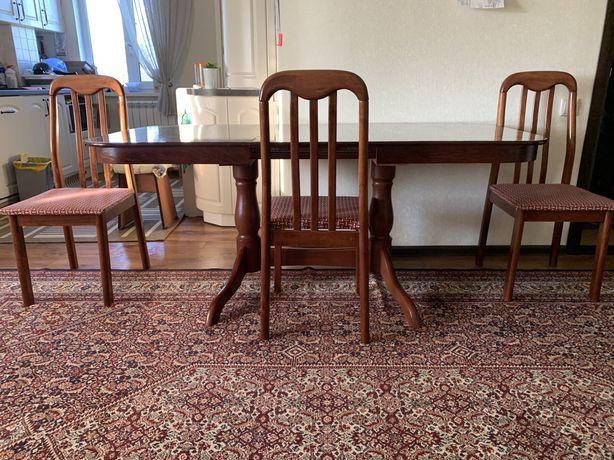 Продается стол и 6 стульев