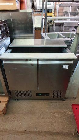 Хладилна маса салатиера