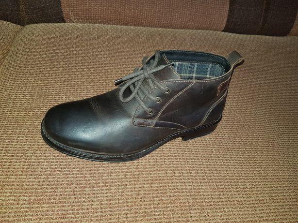 """Ботинки кожаные фирмы """"Venturini"""""""
