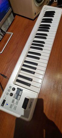 Миди клавиатура Roland A-49 в отличном состоянии