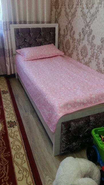 Детская кроватка 2шт для девочек 2×90
