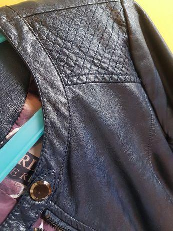 Женская куртка 42р-р