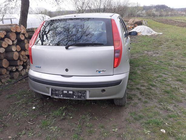 Fiat Punto pentru piese