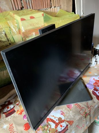 Monitor Dell UP2516d defect display spart