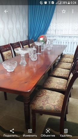 Продам  стол и стулья