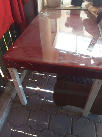 Продам стол. Кухонный
