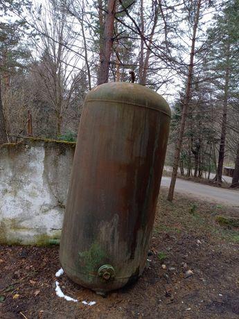 Bazin Metalic,Rezervor apa