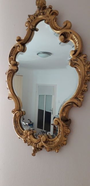 Oglinda de baroc