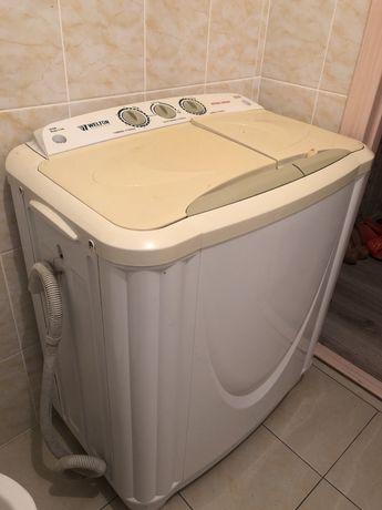 Продам стиральную машину полуавтомат .8кг. В идеальном состонии .