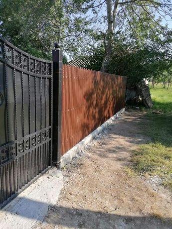 Vand/Fac garduri si porti metalice din fier forjat, sipca, BCA, tabla