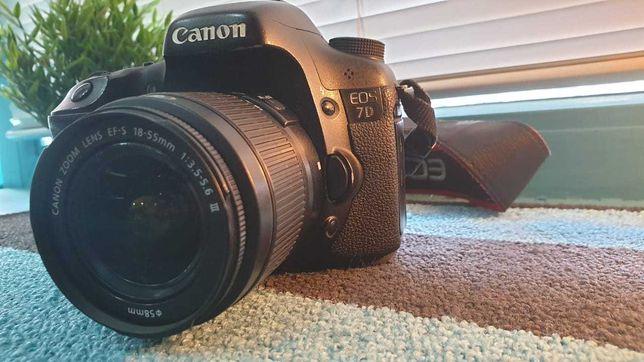 Фотоаппарат Canon7D+объектив 18-55mm Зарядка и аккумулятор в комплекте