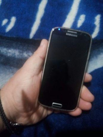 Samsung s4 i9505, 2gb ram, dysplai fisurat.