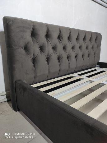 Кровать двуспальная,  мягкая, скидка