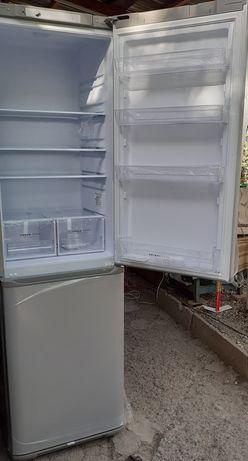 Новый холодильник БИРЮСА цвет серебристый