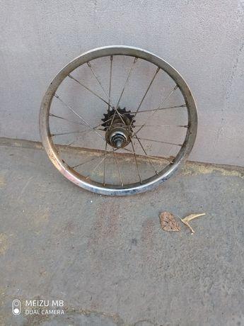 Продам колесо на  детский велосипед размер 16*2.125