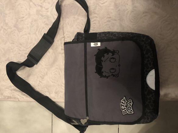 Момичешка чанта Betty Boop