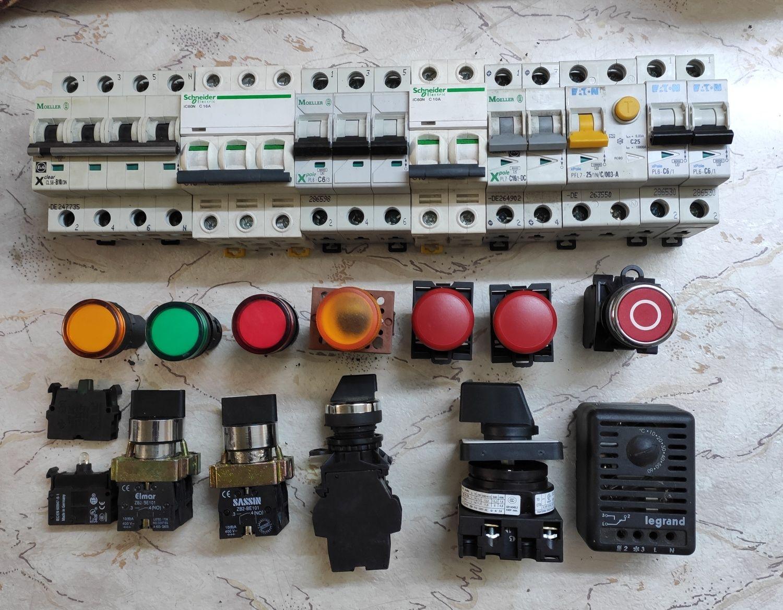 Продам автоматические выключатели и удлинители