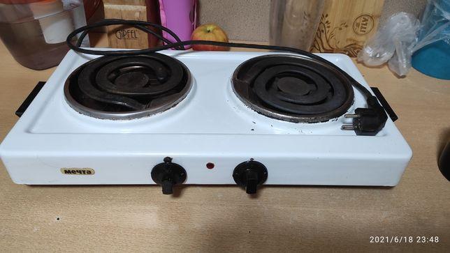 Продам двухкомфорочную плиту