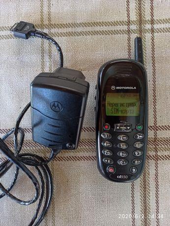 Телефон Моторола CD 930 перфектен
