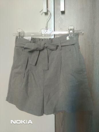 Дамски панталони House, S размер
