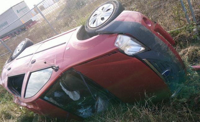 Dezmembrez FARA CATALIZATOR   Dacia logan 2007, benzina 1.4