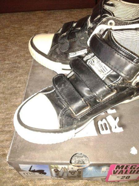 Обувки гр. Кърджали - image 1