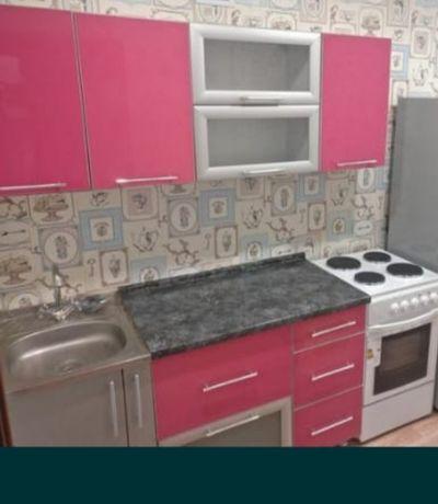 Кухонный гарнитур (без раковины)