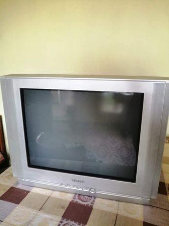 Продавам телевизор Самсунг
