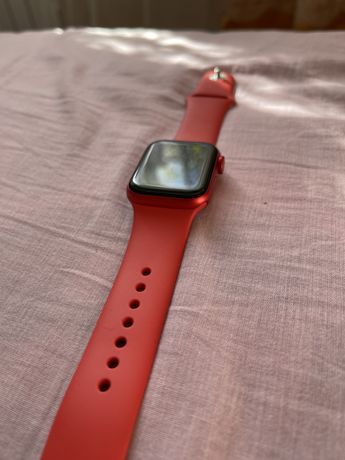 Apple watch series 6 40mm product red